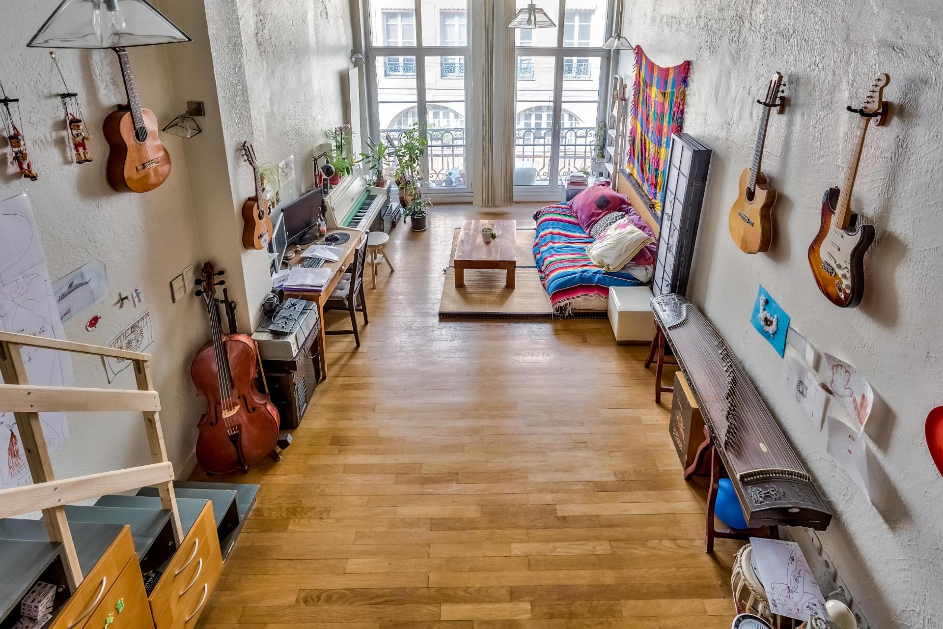 Studio avec chambre en mezzanine 42 m2 Les Halles - Paris ...